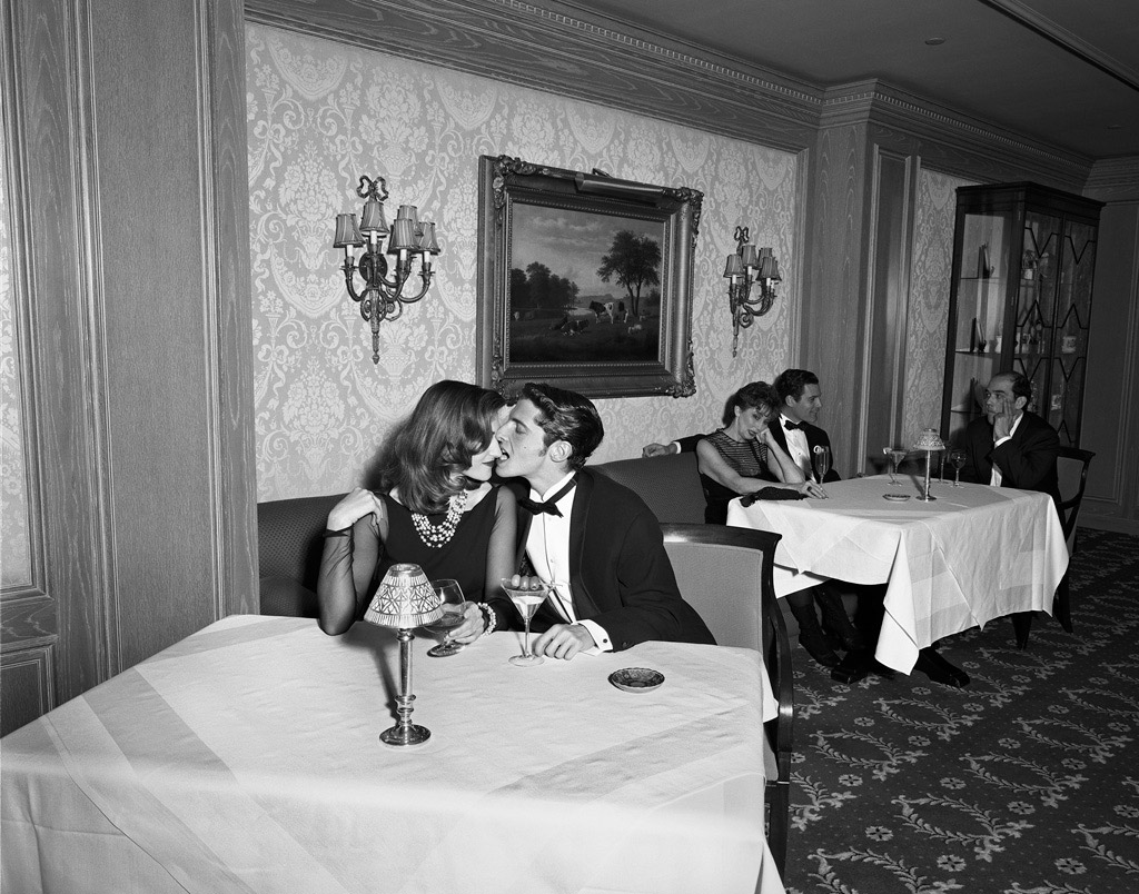 Kiss-_table-at-the-Ritz_1995-2014-Geof-Kern_PDNBGallery