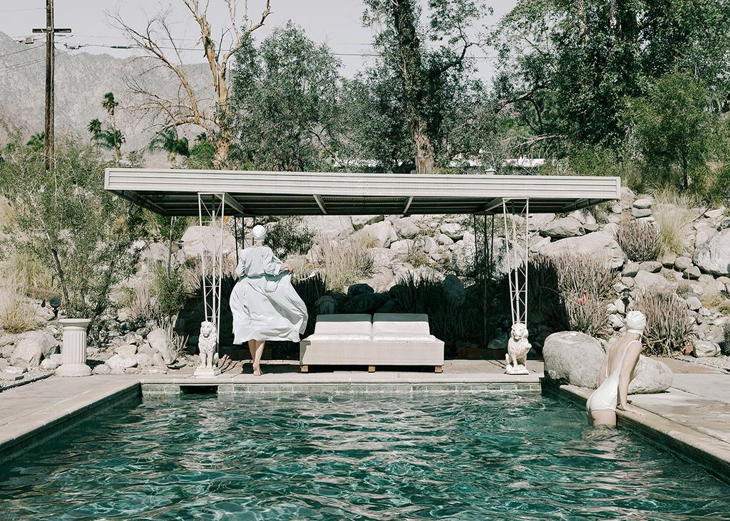 The-Swimming-pool