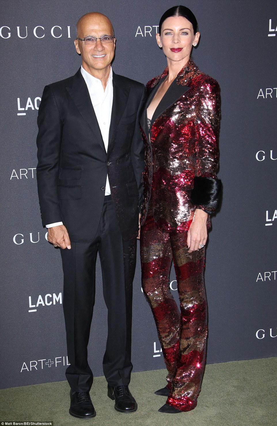 39dc4f1100000578-3886442-the_newlywed_show_music_man_jimmy_iovine_and_liberty_ross_looked-a-75_1477796672781